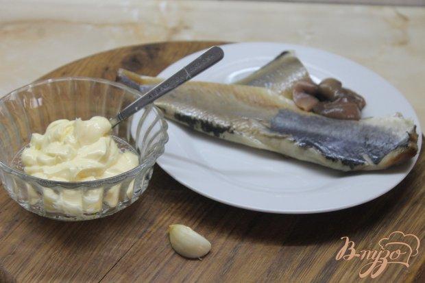Рецепт Селедочное масло с чесноком и зеленью