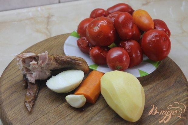 Рецепт Томатный суп с копчеными куриными крыльями