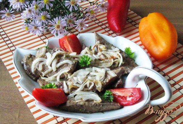 фото рецепта: Жареная свиная печень с луком и чесноком
