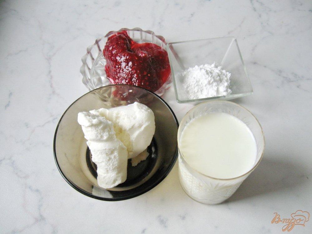 Рецепт Молочный коктейль с малиновым вареньем