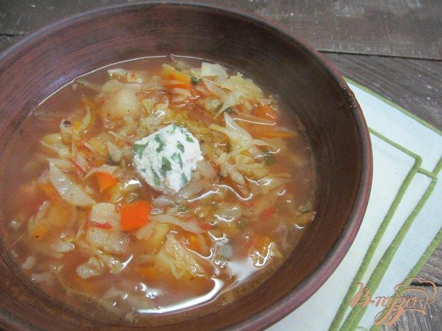 фото рецепта: Борщ с сухими грибами и заправкой из сала