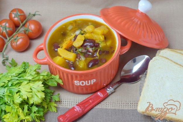 фото рецепта: Суп из тыквы и фасоли