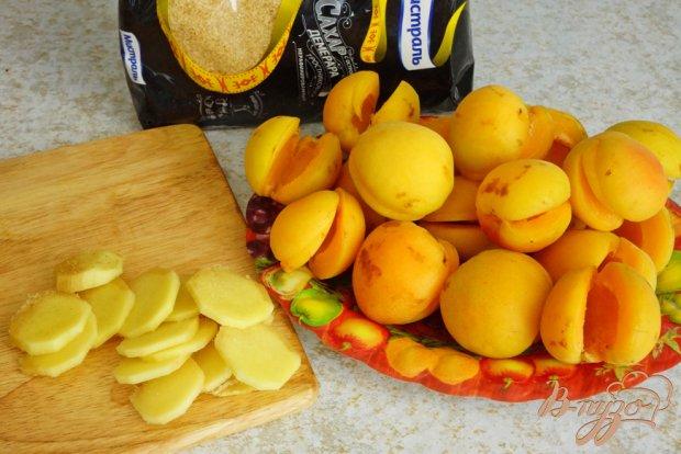 Рецепт Абрикосы в карамельно-имбирном сиропе