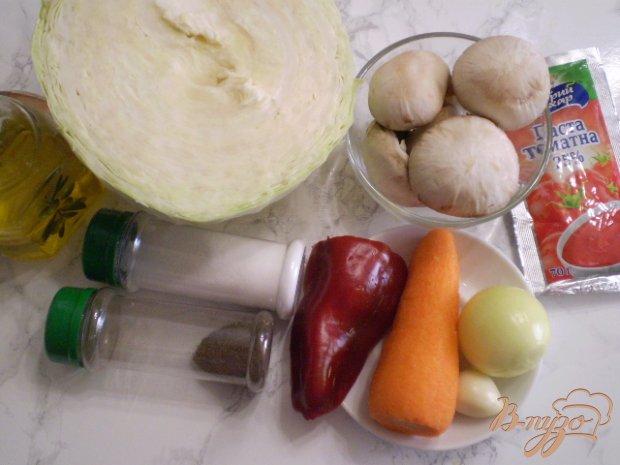 Рецепт Капуста тушенная с грибами и чесноком
