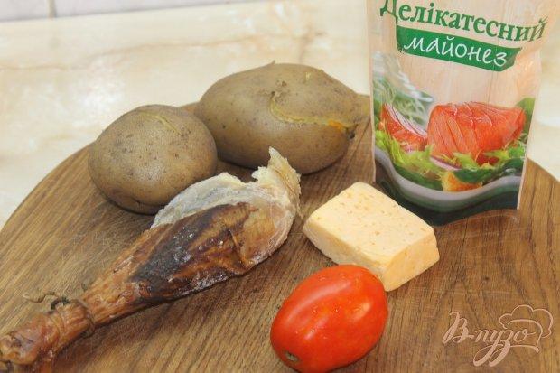 Рецепт Картофель с начинкой из помидора и копченого куриного мяса