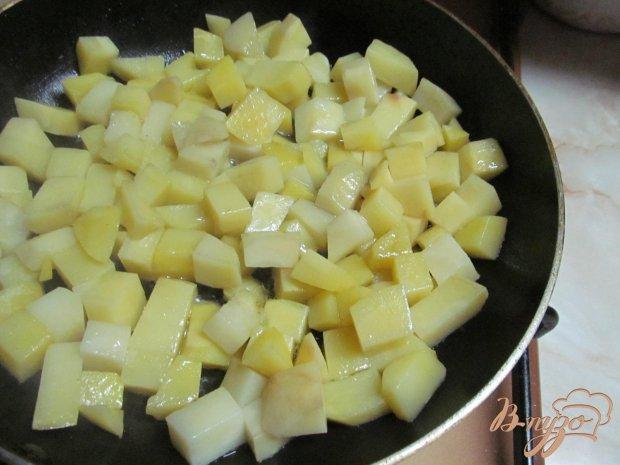 Рецепт Картофель с колбасками в горшочках