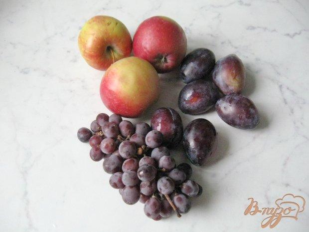 Рецепт Компот из винограда, яблок и слив
