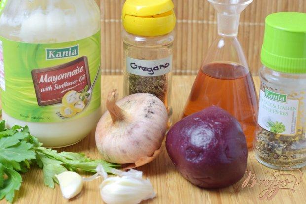 Рецепт Салат из маринованой свеклы и лука