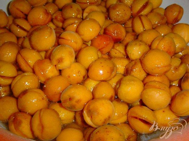 Рецепт Варенье из абрикос,апельсина,лимона и грецких орехов