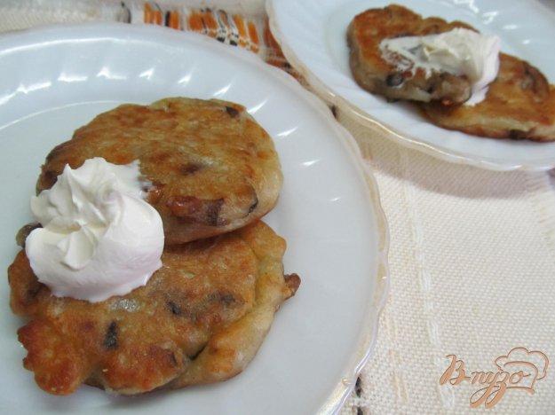 фото рецепта: Оладьи с грибами и сыром