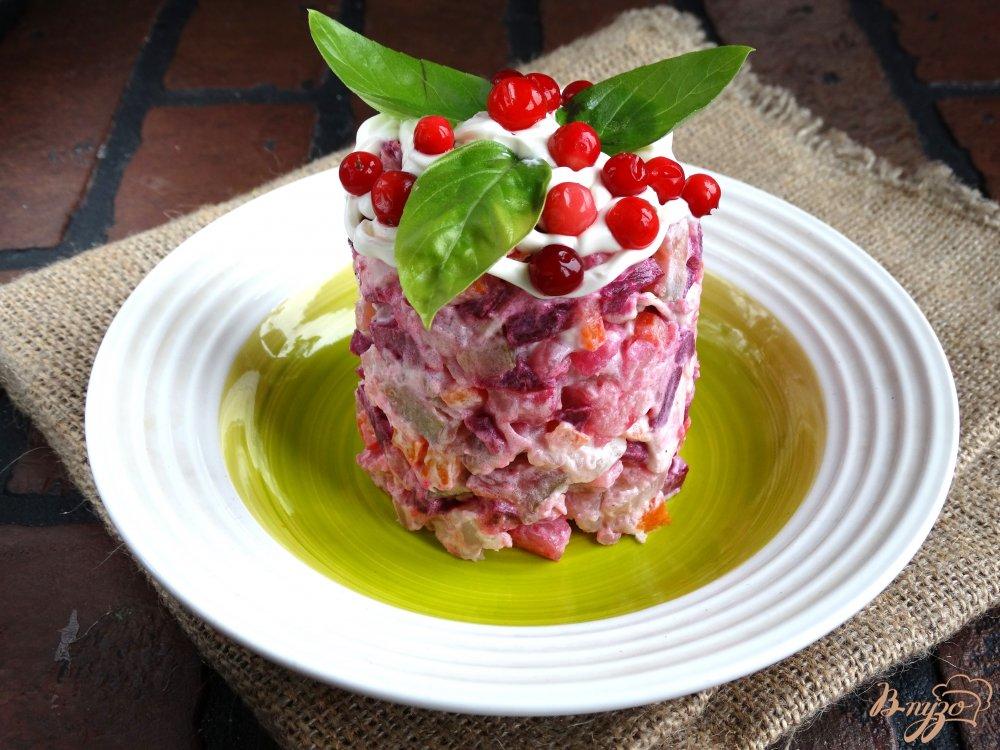 Салат брусника на снегу с фото