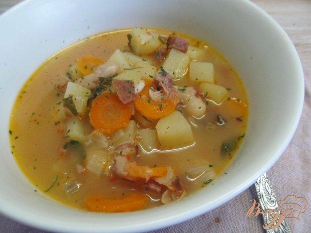 фото рецепта: Суп с томатами и фасолью