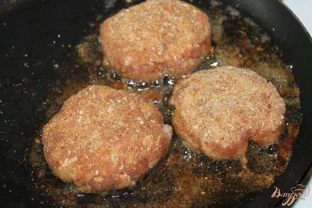 Свиные котлеты на сковороде рецепт
