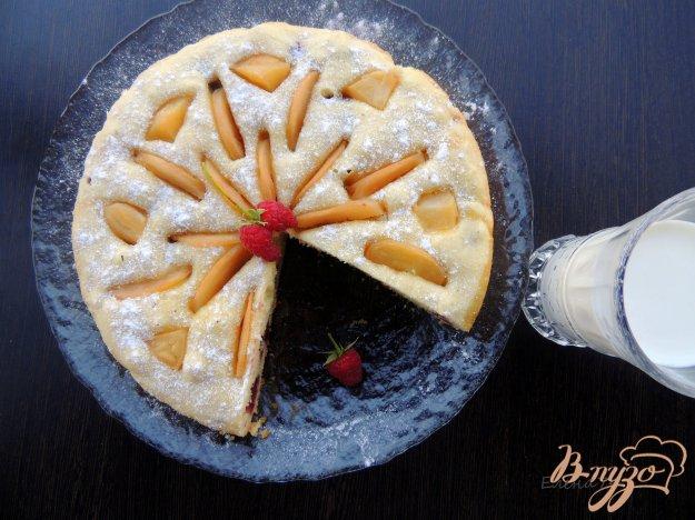 фото рецепта: Пирог с яблоками и малиной