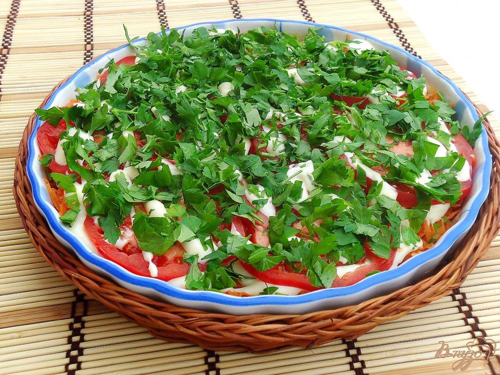 Салат с баклажанами и помидорами и капустой