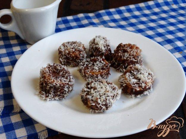 фото рецепта: Домашние конфеты Банан в шоколаде