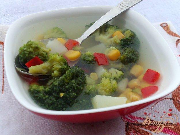 фото рецепта: Суп с брокколи и кукурузой