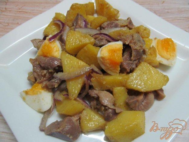 фото рецепта: Картофельный салат с куриными желудками