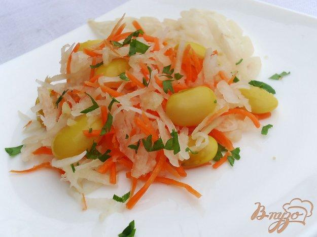 фото рецепта: Салат с морковью, редькой и фаслью