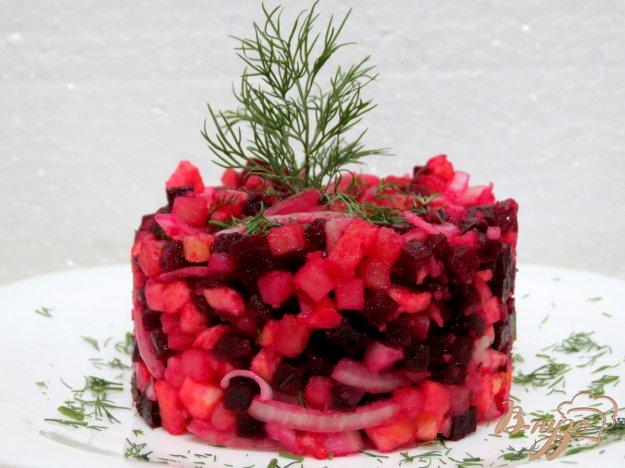 фото рецепта: Салат из свеклы и яблока