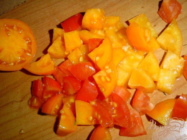 Рецепт Салат из помидоров, сыра и копченой колбасы