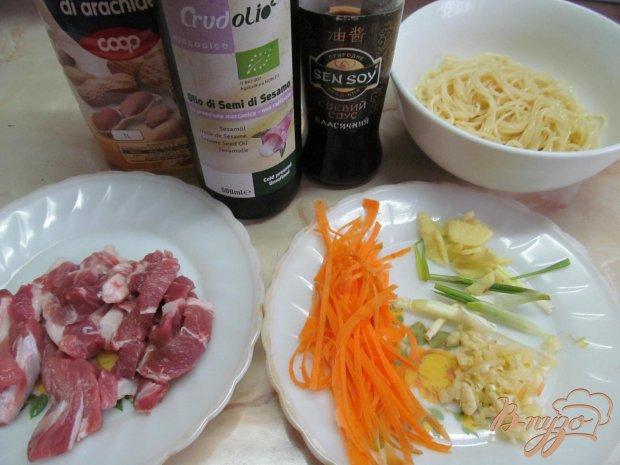 Рецепт Быстрая лапша со свининой и имбирем