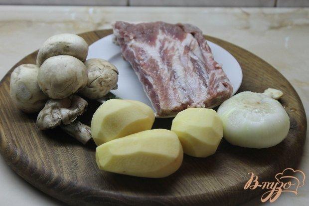 Рецепт Тушенный картофель с грибами и свиными ребрами