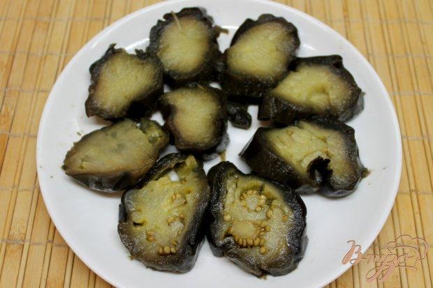 Рецепт Печеные баклажаны с помидорами и перцем, под чесночным соусом