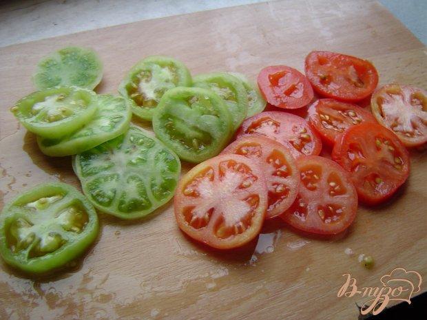 Рецепт Салат с тунцом, морковью,зелеными и красными помидорами