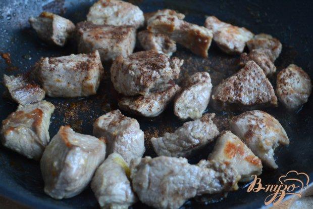 Рецепт Свинина с кусочками тыквы и изюмом