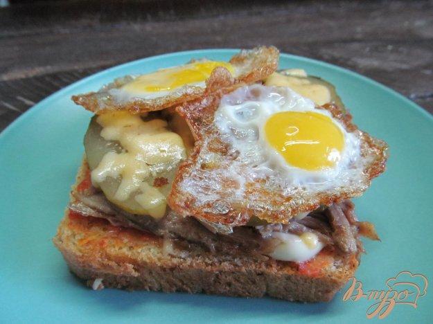 фото рецепта: Бутерброд с утиным мясом