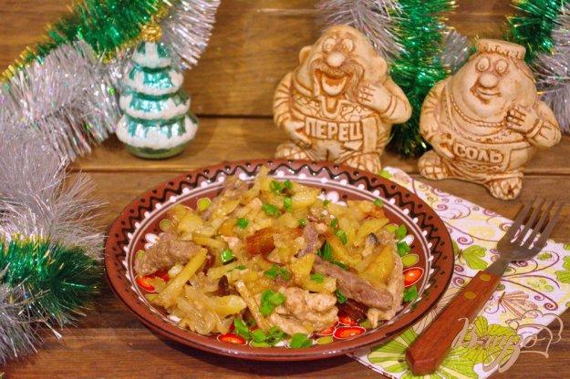 фото рецепта: Жаркое на сковороде с двумя видами мяса