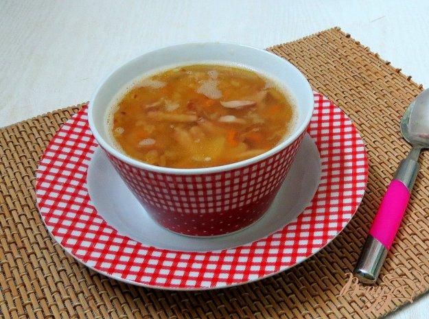 фото рецепта: Гороховый суп с копчёными сосисками