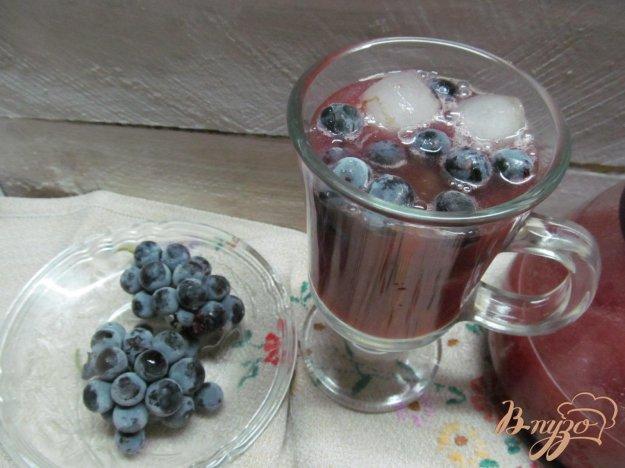 фото рецепта: Смузи из замороженных слив со льдом