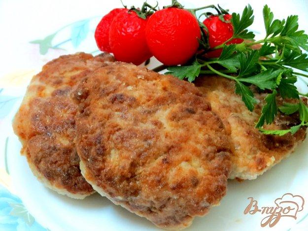 фото рецепта: Котлеты с картофелем в духовке.