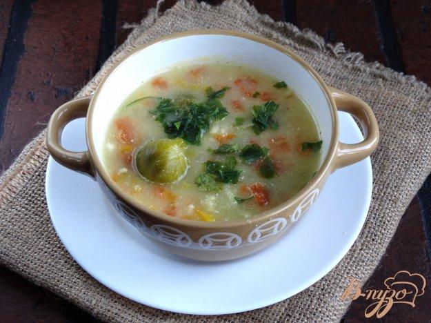 фото рецепта: Сырный суп с брюссельской капустой