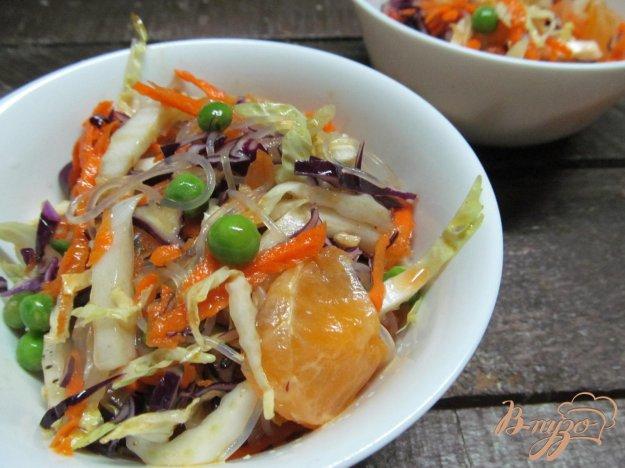 фото рецепта: Салат с китайской вермишелью
