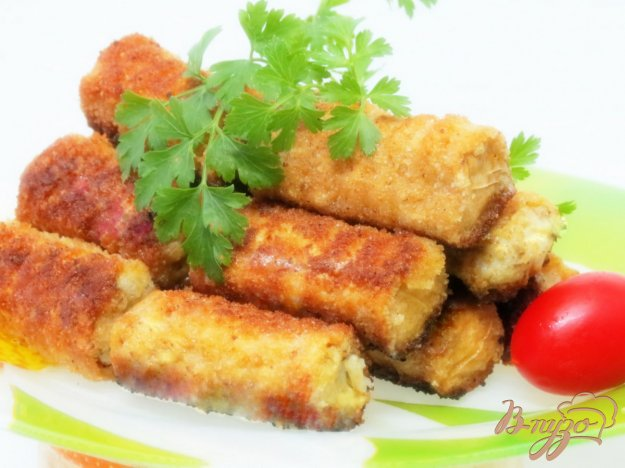 фото рецепта: Рыбные палочки в вафельных трубочках