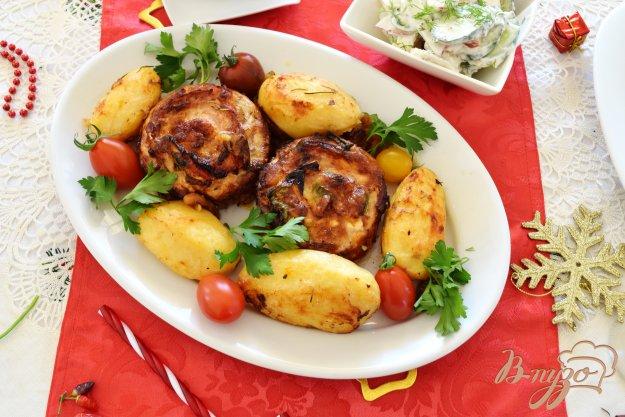 фото рецепта: Картофель, запеченный с травами и чесноком