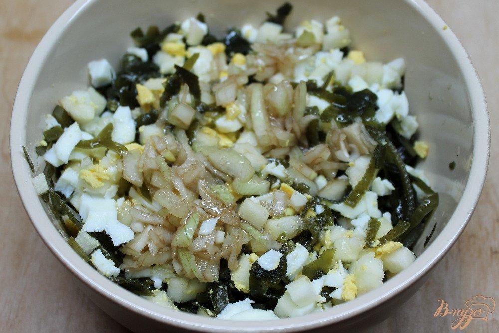 Рецепт салата из морской капусты с яблоком