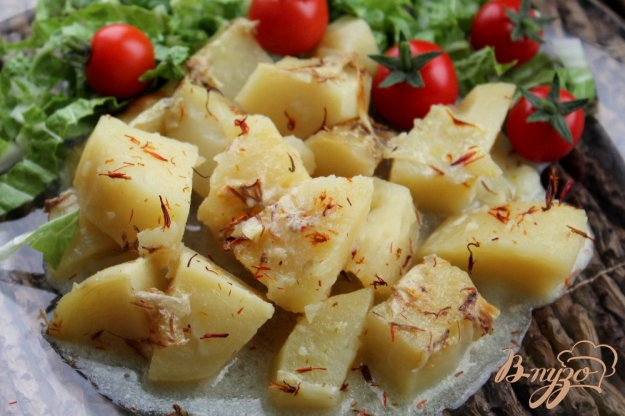 фото рецепта: Картофель в горшочке с молоком и шафраном