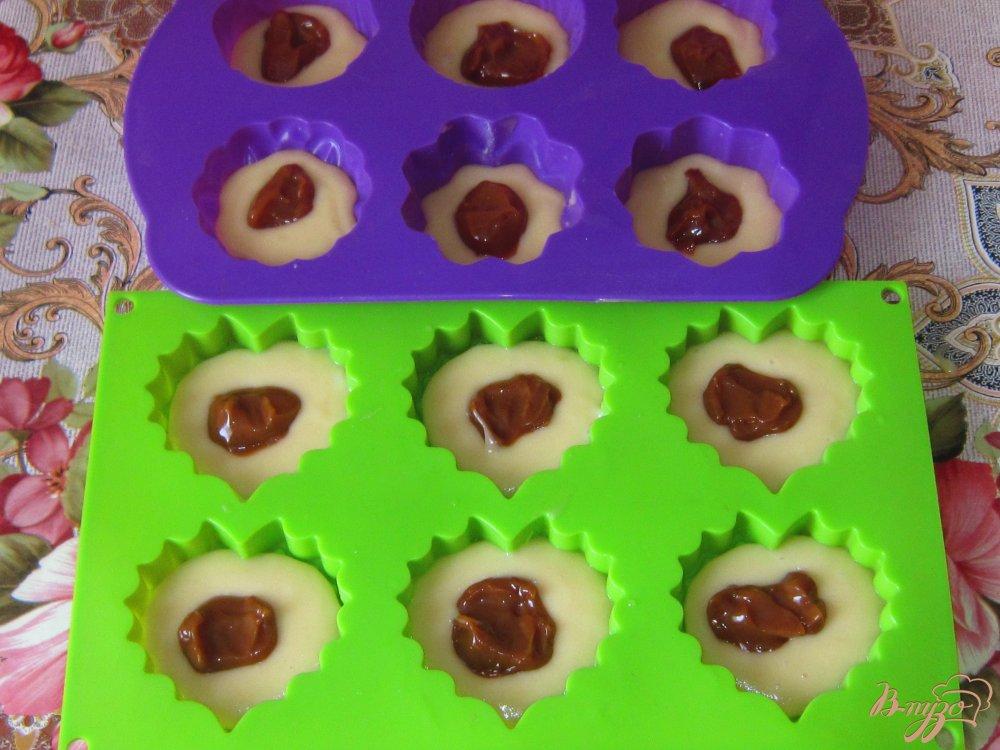Кексы с вареной сгущенкой в силиконовых формах рецепты