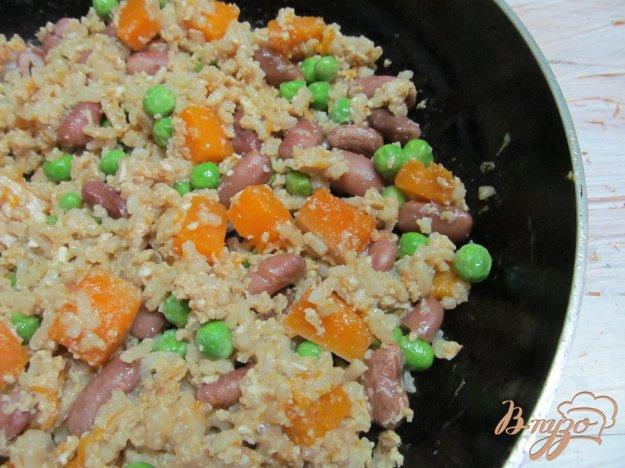 фото рецепта: Жаренный рис с овощами