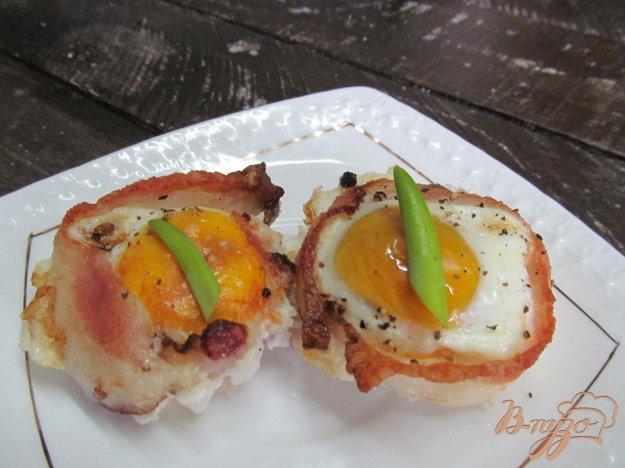 фото рецепта: Корзиночки из бекона с яйцом
