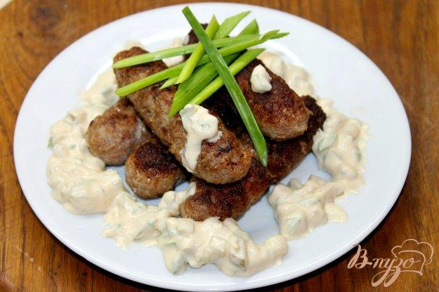 фото рецепта: Свиные мини колбаски с соусом