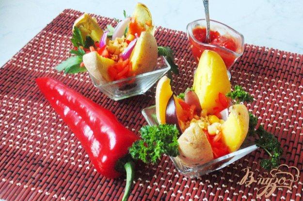 фото рецепта: Запечёный картофель с соусом