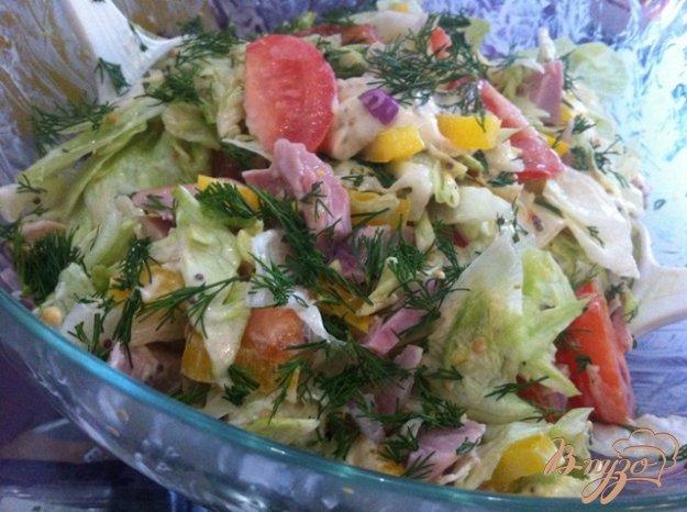 фото рецепта: Салат овощной с копченой курицей