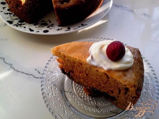 фото рецепта: Пирог с яблоком и маком в мультиварке с давлением
