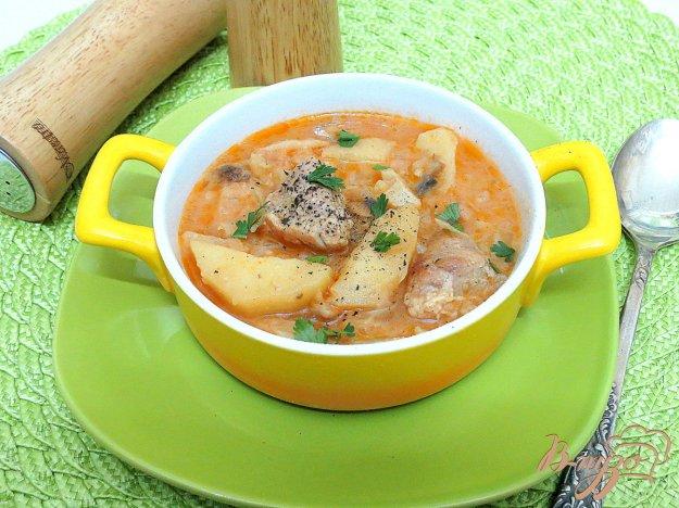 фото рецепта: Рагу со свининой, картофелем и капустой