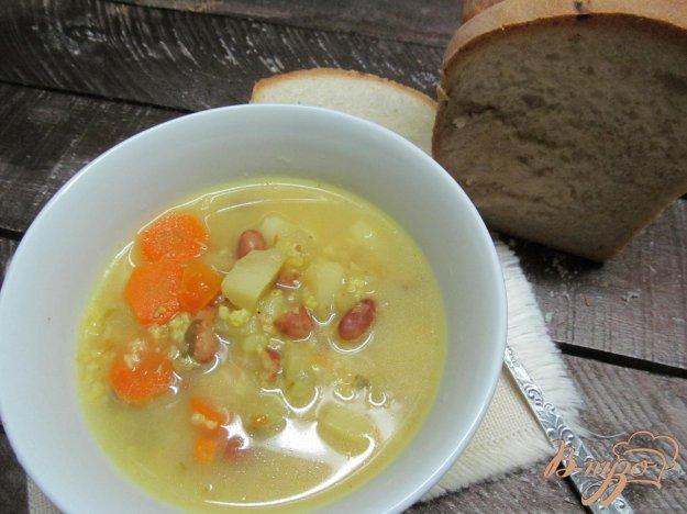 фото рецепта: Суп с пшеном фасолью и замороженными овощами